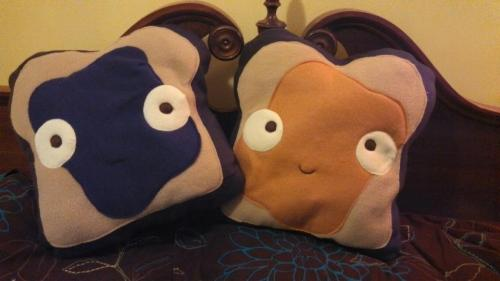 New Etsy products coming soon! Pillows! Who doesn't cuddling up with a PB&J sandwich? https://www.etsy.com/shop/jasminedoodles