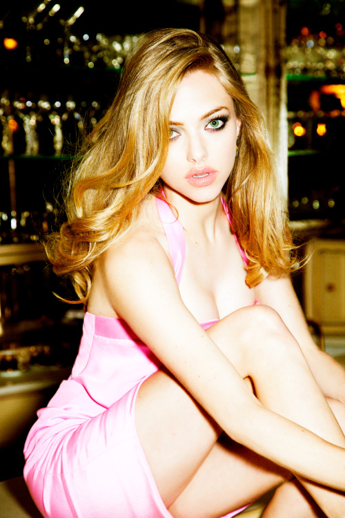Amanda Seyfried photographed by Ellen von Unwerth
