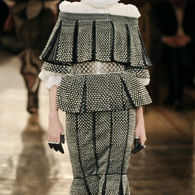 Paris Fashion Week: Alexander McQueen - Autumn|Winter 2013Exquisite. The Alexander McQueen Autumn|Winter 2013 ready-to-wear presentation in Paris literally…View Post