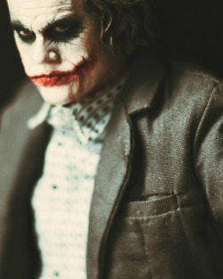 bitrape:  Hot Toys Bank Robber Joker by Mike Monaghan on Flickr.