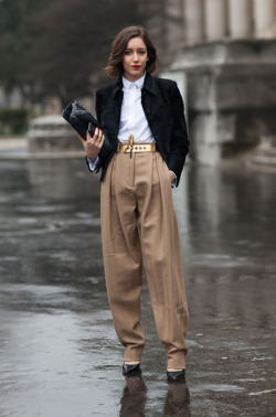 brown-trousers-pfw-paris-foto-diego-zuko