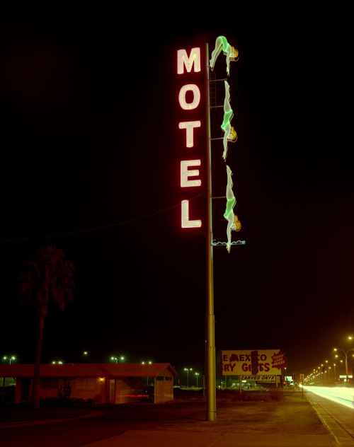 I love this old picture of the Starlite! I can't believe how much different the area looked.