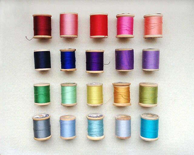 Vintage thread collection. Photo by Liz Smith.
