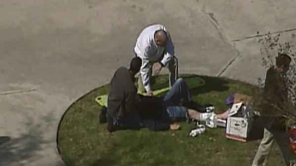 Lonestar - LIVE coverage of Lonestar College campus shoot —> #schoolshooting ://t.co/h2SpfDh1