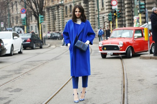 luckymag:  Shop the last days of Milan Street Style. Give us the shoes, just give us the shoes. Shoes.