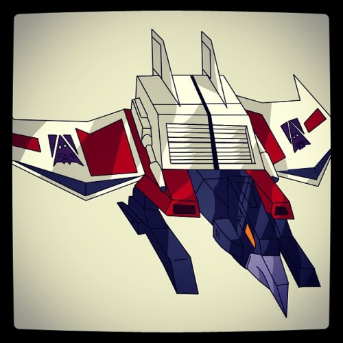 "You know who sucks? Laserbeak. ""He shoots lasers and he's got a beak so let's call him Laserbeak"". Get out. #laserbeak #decepticons #transformers"