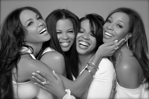 "Today In History We Honor En Vogue 'En Vogue: Cindy Herron, Maxine Jones, Dawn Robinson and Terry Ellis became one of the most popular and successful female groups of all time. They ruled the 90s with such hits as ""Hold On,"" ""Lies"" and ""You Don't Have to Worry,"" which all went number one on the Billboard R&B charts.' (photo: En Vogue) - CARTER Magazine"