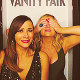 amy poehler rashida jones 1000k gif: amy waht you all saw this one coming they're so closer this year i think i can'ttttt please more pictures/quotes/anythiiiiiing T.T (also please make out eventually gif: rashida
