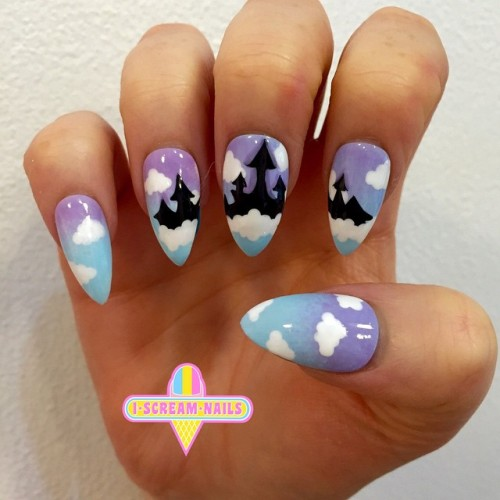 Elise did these amazing Disney Castle nails 💕💅 For bookings pls email us sydney@iscreamnails.com.au or melbourne@iscreamnails.com.au #nailart #melbournenailart #sydneynailart #iscreamnails #disneynailart