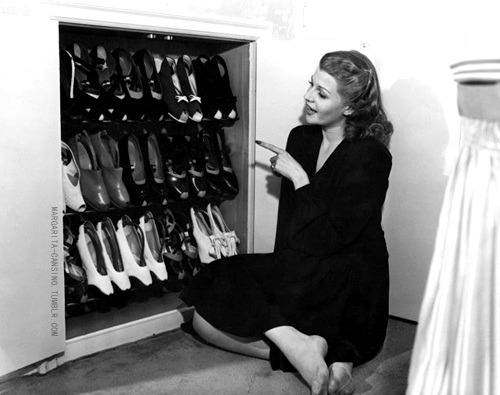 Rita Hayworth at home, 1941