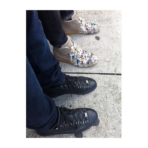 mrpita:  Corny sneaker pictures | Cc: @tglifestyle (at Downtown Miami)  Dope though