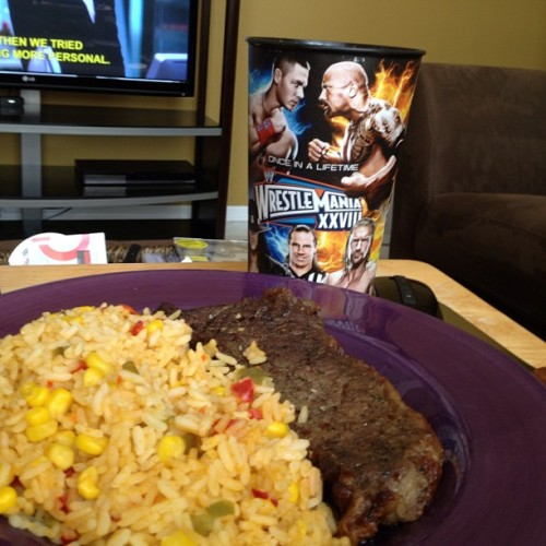 Steak for breakfast, OJ in my Wrestlemania cup, and Fringe S3 on the screen. It's going to be a good day.  🍴 #goodmorning #foodporn #breakfast #wrestlemania #fringe #noms  (at Bvrnes Haus)