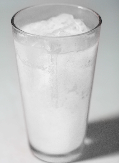 totallytransparent:  Semi Transparent Slushy (drink matches colour of your blog - drag it!)Made by Totally Transparent