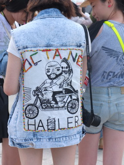 wgsn:  We love the DIY denim grunge look at Dali Er'hai World Music Festival