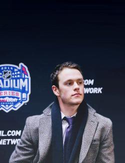 Hockey Chicago Blackhawks jonathan toews suit & tie dhu tries to photoshop Stadium Series
