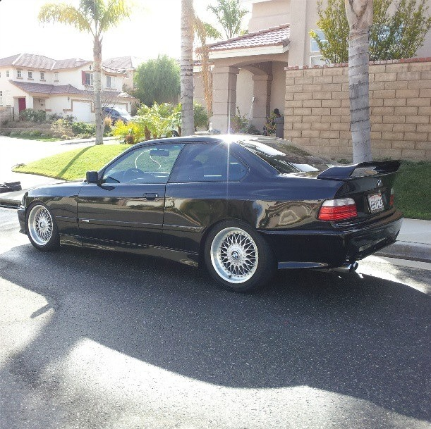 Submitted by Fuckyeahe36 Love it in black. Thanks for the submission! E36s from the past