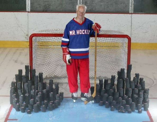 hockey-time-machine:  A helpful visual of Gordie Howe's NHL career. One puck for every goal scored. That's 1,767 pucks.