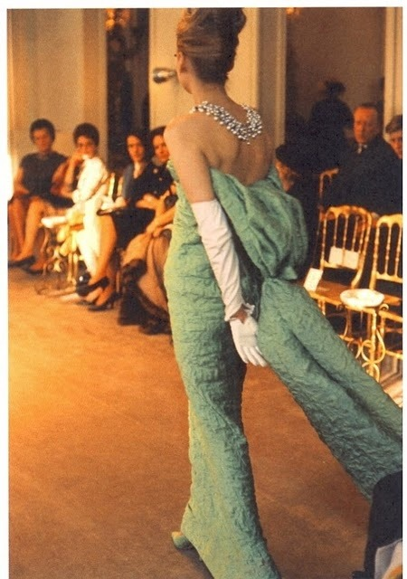 Vintage Photo Friday When runway shows weren't on a live stream…