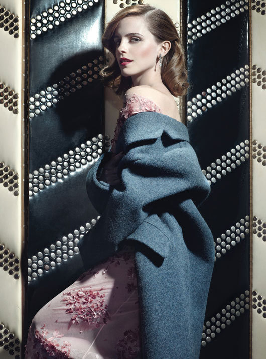 kali-st0le-my-heart:  Emma Watson for W Magazine
