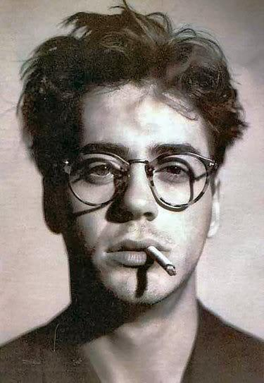 lushmilk:  young robert downey jrsexy as helllllllll