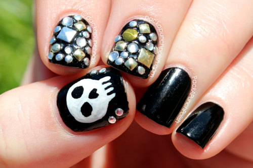 Studded skull nail art inspired by clothing from Deb Shops! Blog Post: http://www.packapunchpolish.com/2013/05/edgy-studs-and-skulls-nail-art-inspired.html Tutorial: http://youtu.be/cbJ2MF88ms8 You can also see photos of me in this outfit by checking out the photo slide show here: http://youtu.be/-Wpn9VkHpI4
