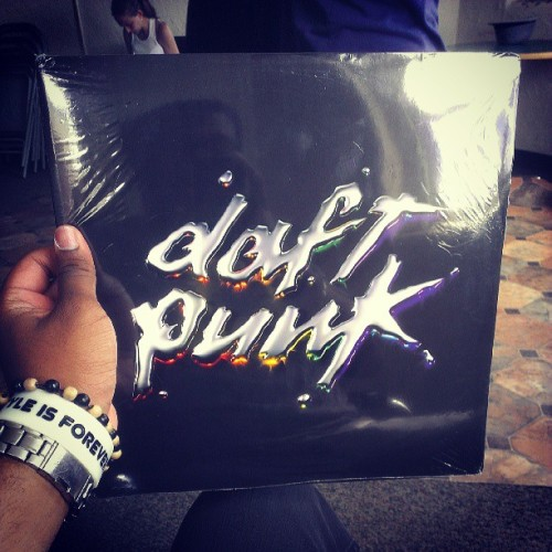 Hipster level: beyond 3000. #personal #birthday #daftpunk #vinyl #what #? (at Nassau Community College - U Building)