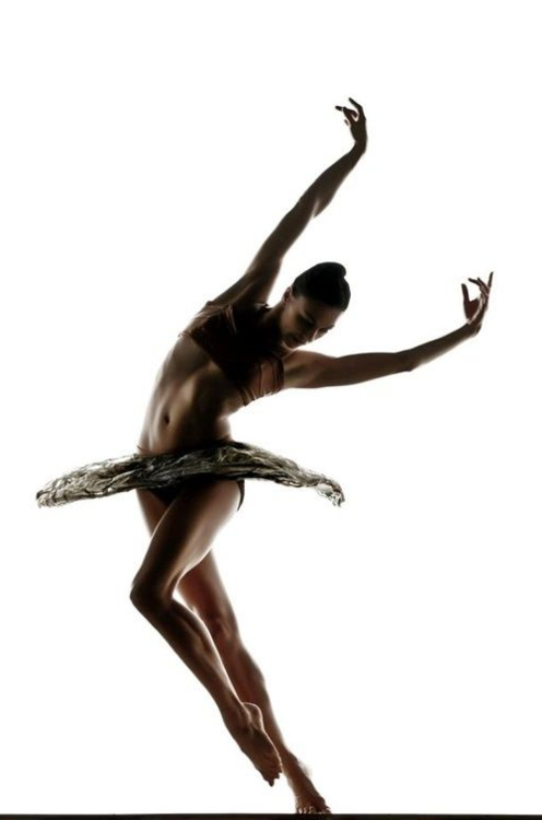 artemisdreaming:  Kara Wilkes Alonzo King Lines Ballet (queue-Friday)