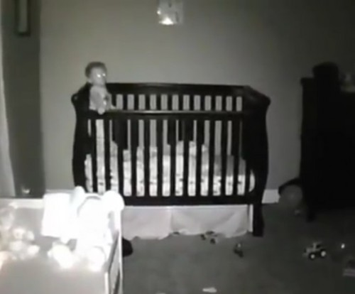 WATCH THIS BABY HAVE FUN FACEPLANTING DURING NAP TIMEby Blaire Bercy http://bit.ly/YNqHaI