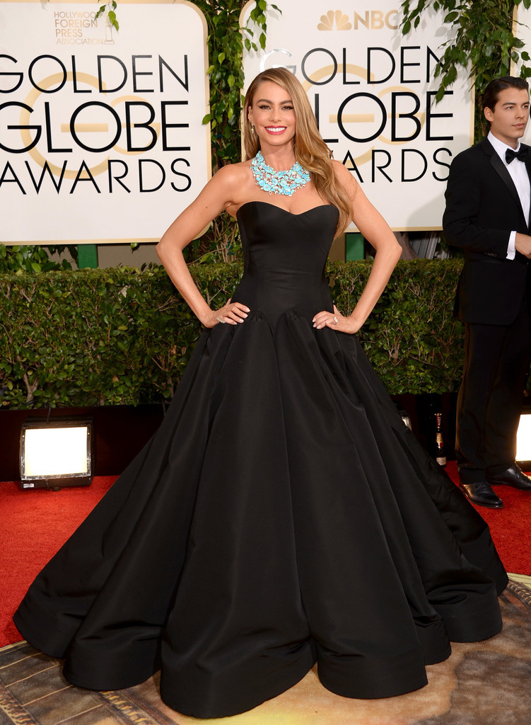 Sofia Vergara in Zac Posen dress at 2014 Golden Globes.