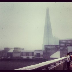 London int' more snow