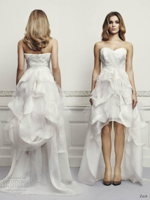 awesomeweddingdresses:  http://www.weddinginspirasi.com/2013/04/16/zien-wedding-dresses-2013/2/