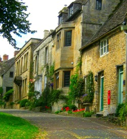 fuckitandmovetobritain:  Burford, Oxfordshire, Cotswolds, UK