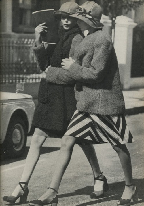 queensofvintage:  70s does 20s : Fashion photography by Arthur Elgort for Vogue UK, September 15, 1971.