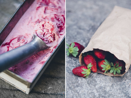 (via Green Kitchen Stories » Rhubarb & Strawberry Ripple FroYo)