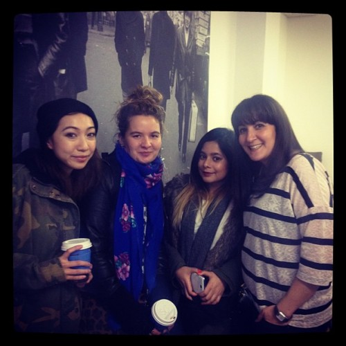 The lovely @sarimantos @misssisig @danigraph and @grungebetty at an @xojaneuk planning sesh…