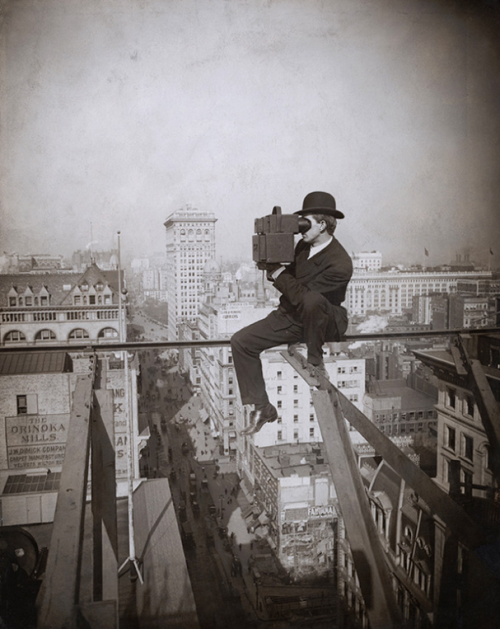 photojojo:  Whadda boss. 5th Ave, 1905 via kateoplis