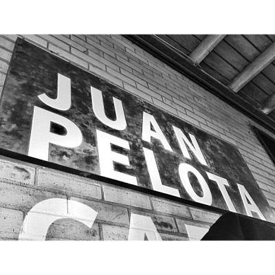 Thank you, Juan Pelota, for introducing me to the Beehouse. #coffee (at Juan Pelota Café)