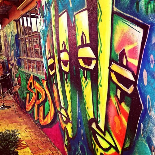 deejayceleb:  More graffiti walls @Pawa254 during the debut of @TheSwitchK24 show today morning #graffiti #art #kenya365 #Kenya #Nairobi (at Pawa254)