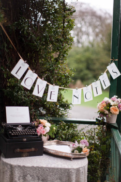 obsessed-over-weddings:  Setup a typewriter so you're guests can type you well wishes.