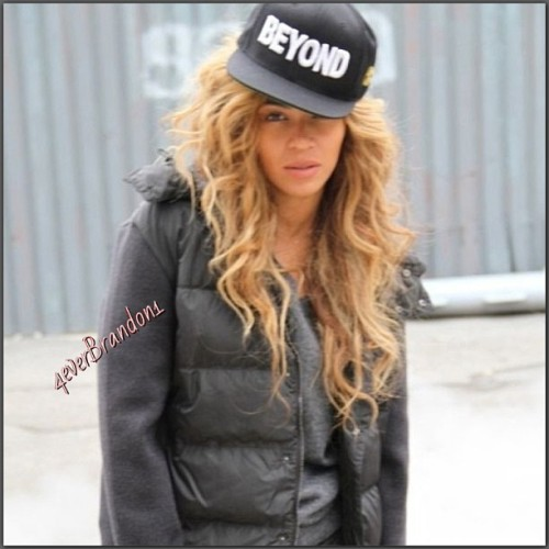 Bey and BEYOND, gangsta Bey #beyond #beyhive #beyonce #beysus 🍯🐝🍯🐝🍯🐝