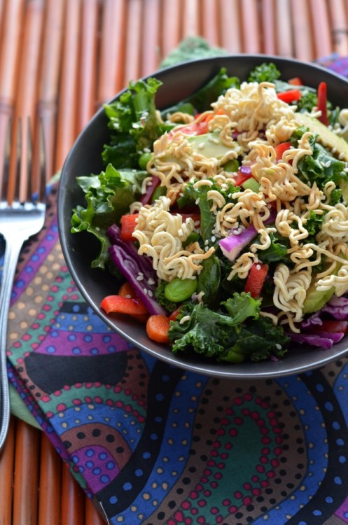 gastrogirl:  kale and veggie salad with toasted ramen.