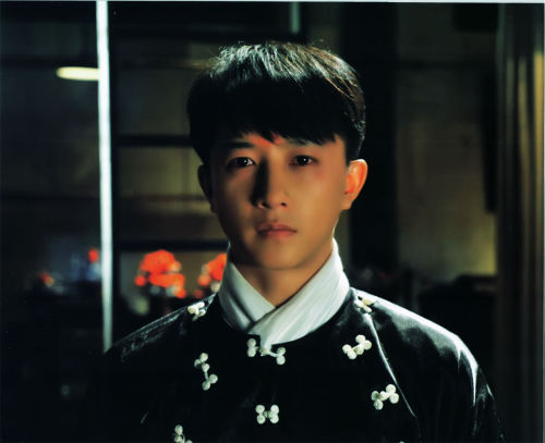 hqsuperjuniorscans:   My Kingdom Photobook all scans here/dl here cr; Baidu Han Geng Bar