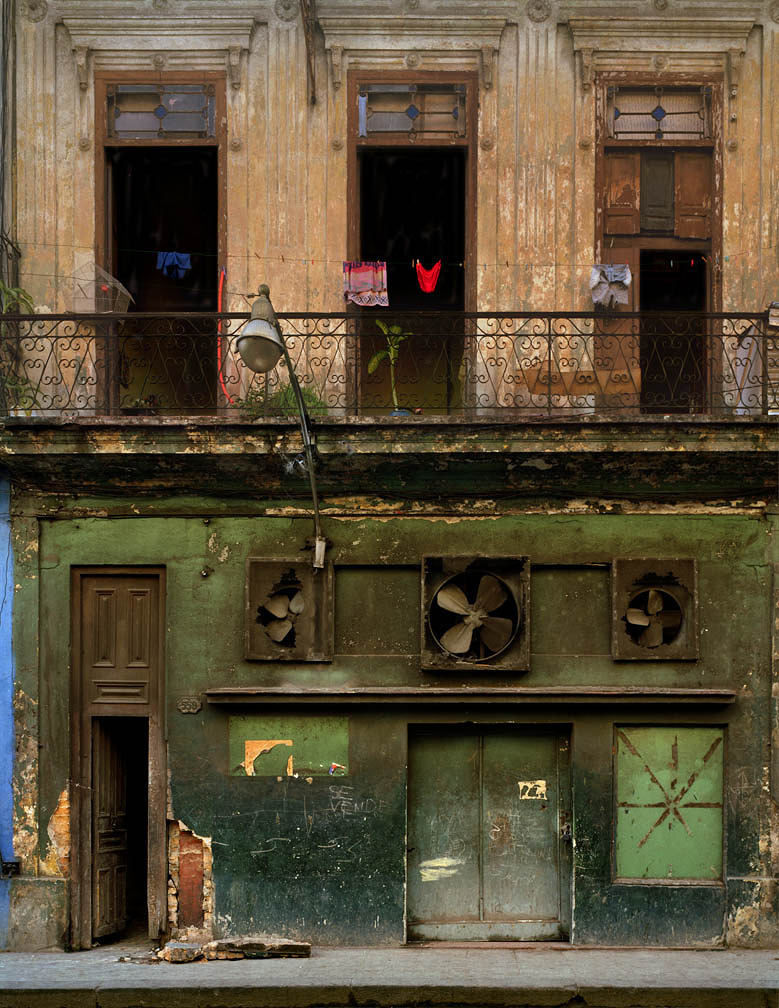 secretcinema1:  Three Fans, Cuba, 2002, Michael Eastman