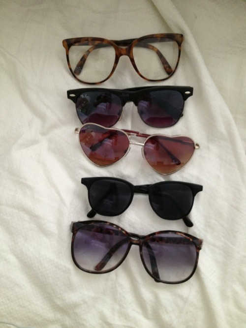 correctly:  sunnies!