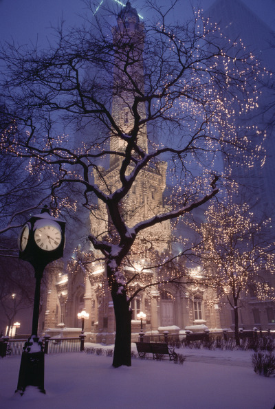 ethereo:  Chicago in Snow (by josullivan.59)