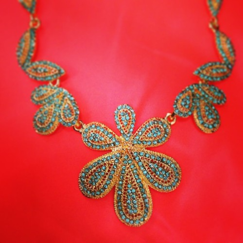 Brighten up on this first day of spring in our Daya cluster necklace! (As seen in the April issue of Redbook magazine!)  (at Send the Trend HQ)