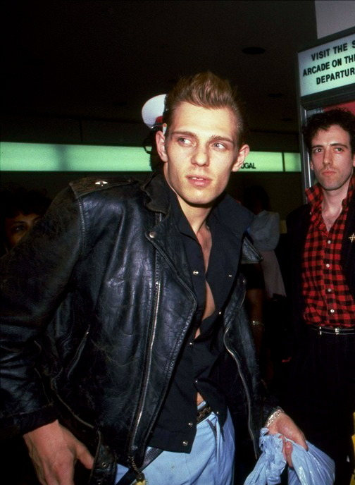 Paul Simonon and Mick Jones JFK NY // 1981