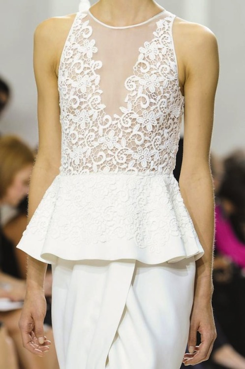 koneck:  Details at Giambattista Valli Spring/Summer 2013 Collection