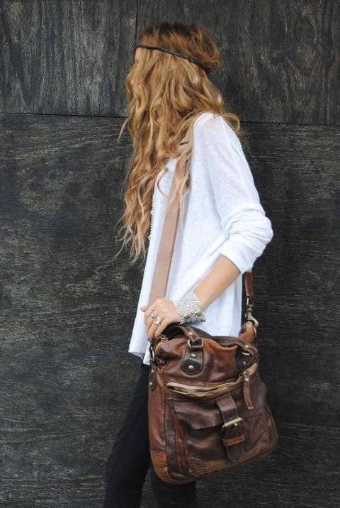 theteensandthefashion:  bagging it | via Tumblr sur @weheartit.com - http://whrt.it/15N32NH
