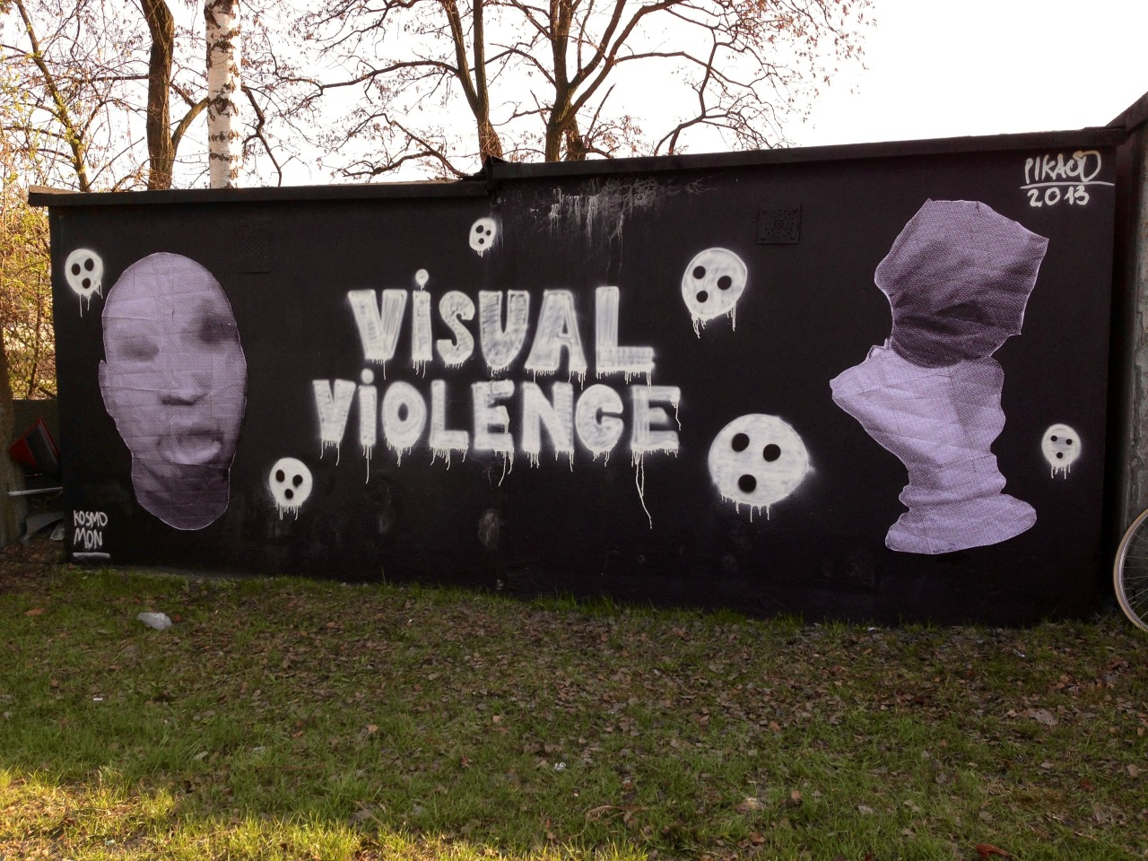 Visual violence - mixed media on wall - Katowice - 2013